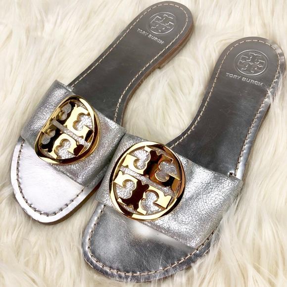 12d2f47c3dc5 Tory Burch Grania Silver Slide Sandals. M 5a8b26b13800c5cb03fffb6d
